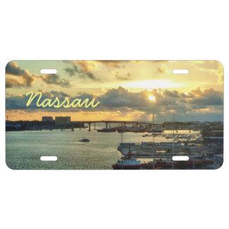 Nassau en la salida del sol placa de matrícula