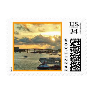 Nassau en la salida del sol sello