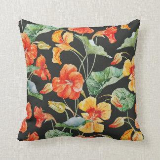 Nasturtium pillow (Black)