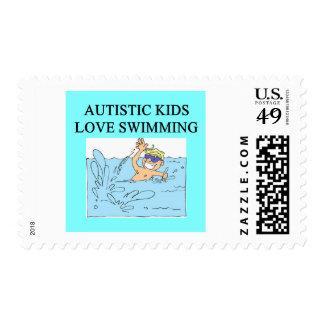 natación autística del amor de los niños del timbre postal