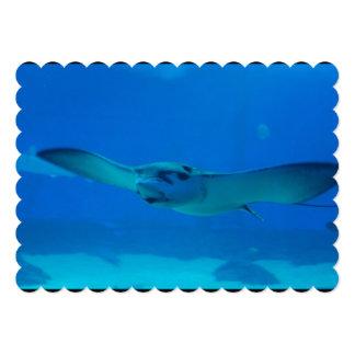 Natación de la pastinaca debajo del agua invitación 12,7 x 17,8 cm