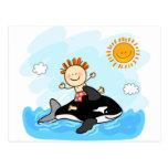 natación feliz del niño pequeño en el dibujo anima postal