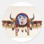Nativo americano del escudo del lobo etiqueta redonda