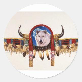 Nativo americano del escudo del lobo pegatina redonda