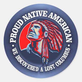 Nativo americano orgulloso 2 pegatina redonda