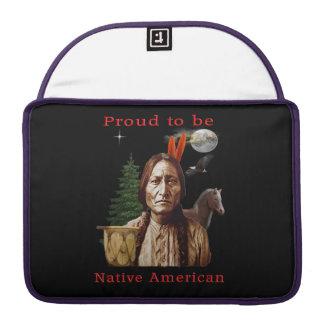 nativo americano orgulloso funda macbook pro