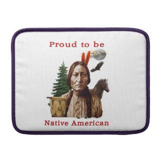 nativo americano orgulloso fundas MacBook