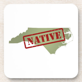 Natural de Carolina del Norte con el mapa de Carol Posavasos De Bebidas