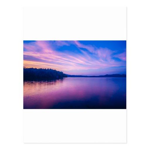 naturaleza alrededor del jocassee del lago postales
