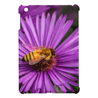 Nature Photo of a Bumble Bee on a Flower Cover For The iPad Mini