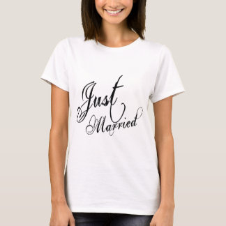 Naughy Grunge Script - Just Married Black T-Shirt