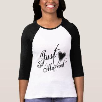 Naughy Grunge Script - Just Married Heart Black T-Shirt