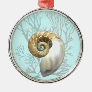 Nautilus y alga marina ornamentos de reyes