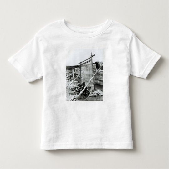 Navajo weavers, c.1914 toddler t-shirt