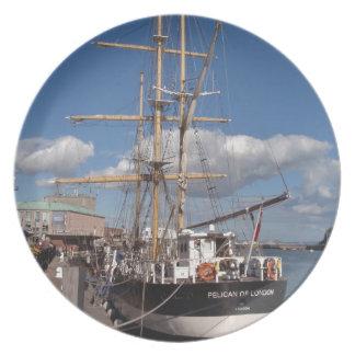 Nave alta en Weymouth Plato De Cena