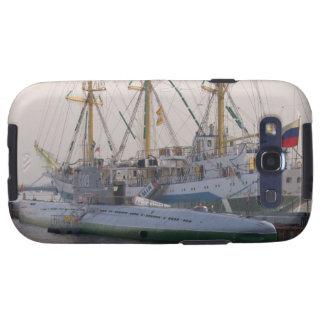 Nave alta MIR y submarino Galaxy SIII Cobertura