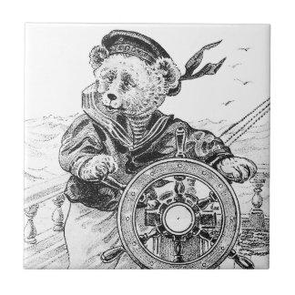 Nave de la dirección de Sam del oso del marinero Azulejo Cuadrado Pequeño