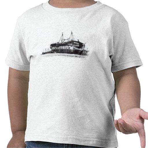Nave de la prisión en el puerto de Portsmouth Camisetas