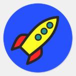 Nave de Rocket del dibujo animado Etiquetas Redondas