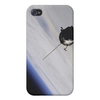 Nave espacial en espacio exterior iPhone 4/4S fundas