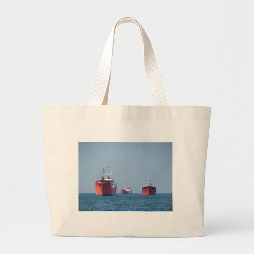 Nave grande Anchorage Bolsa