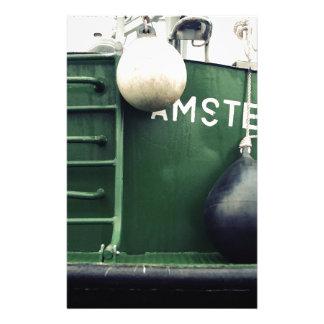 Nave verde en el puerto de Amsterdam Papelería Personalizada