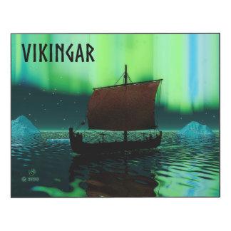 Nave y aurora boreal de Viking Impresión En Madera