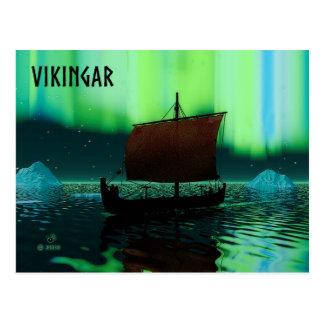 Nave y aurora boreal de Viking Tarjetas Postales