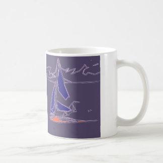 Navegación costera del bote - diseño abstracto del taza de café
