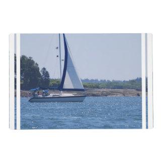 Navegación en el azul salvamanteles