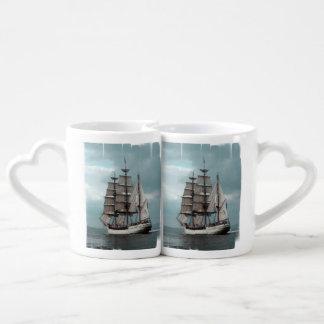 Navegación lejos tazas para parejas