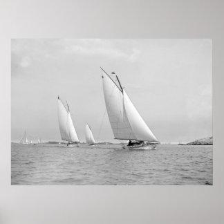 Navegando cerca de Marblehead, 1901 Posters