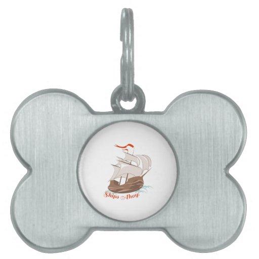 Naves Ahoy Placa Mascota