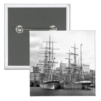 Naves de East River, 1900 Pin
