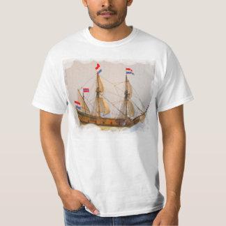 Naves de los exploradores, la India del este Playera