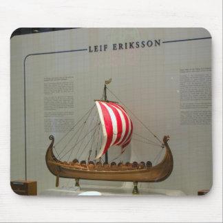 Naves de los exploradores, Leif Erikson Alfombrillas De Raton
