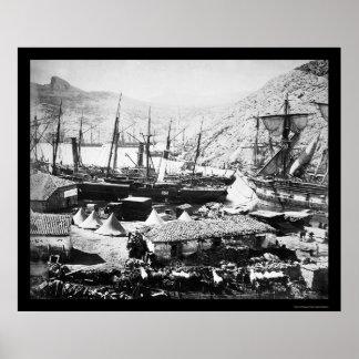 Naves en el puerto de Balaklava en la bahía 1855 d Póster
