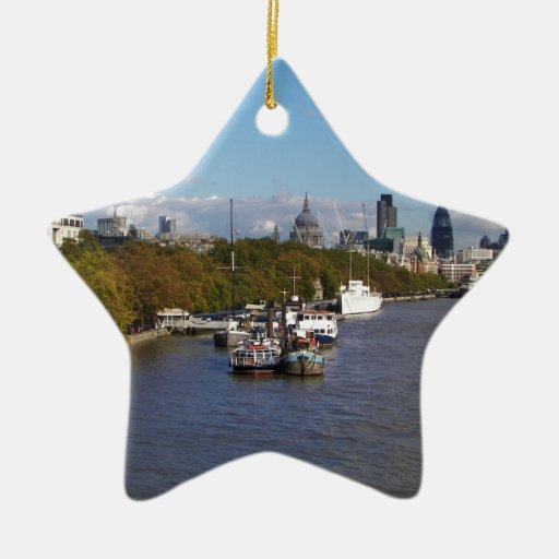 Naves en el Thames. Adorno Navideño De Cerámica En Forma De Estrella