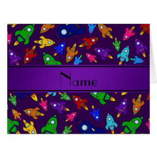 Naves púrpuras conocidas personalizadas del cohete felicitacion