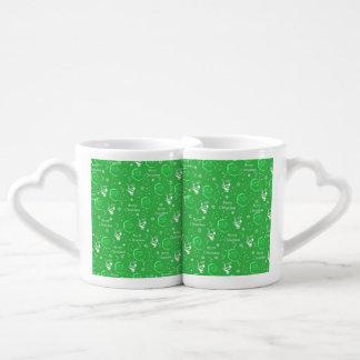 Navidad alegre verde festivo del padre taza para enamorados
