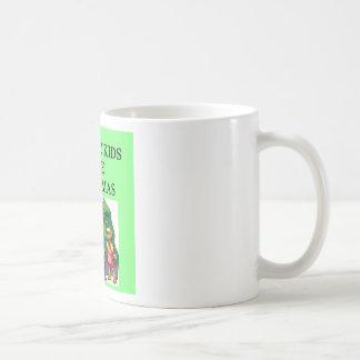 Navidad autístico del amor de los niños tazas de café