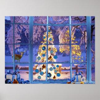 Navidad azul a través de la ventana póster
