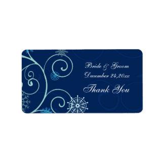 Navidad azul de los copos de nieve que casa etique etiqueta de dirección