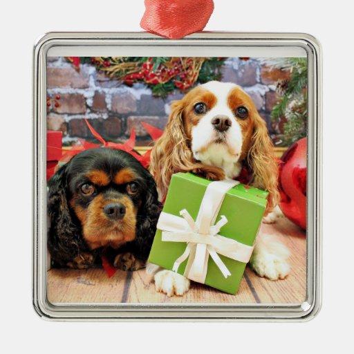 Navidad - caballeros - guisante de olor y amapola adorno cuadrado plateado