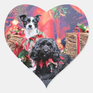 Navidad - ChihShih - Libby y Cockapoo - Bailey Pegatina En Forma De Corazón