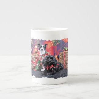 Navidad - ChihShih - Libby y Cockapoo Bailey Taza De Porcelana