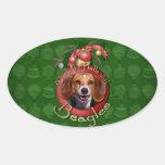 Navidad - cubierta los pasillos - beagles calcomania de oval personalizadas