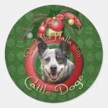 Navidad - cubierta los pasillos - perros del etiqueta redonda