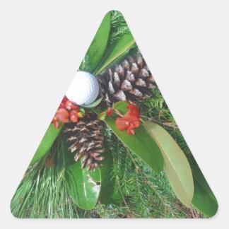 Navidad de los conos y de los árboles de hoja pegatina triangular