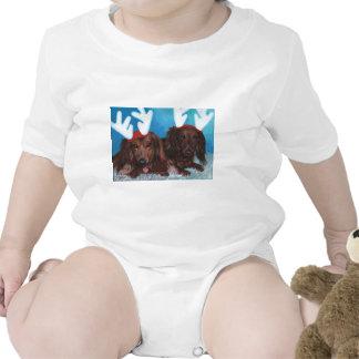 Navidad de los pares de Doxie del Dachshund infant Camiseta